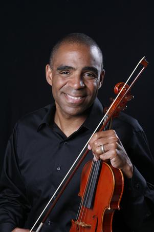 Aaron_with_violin